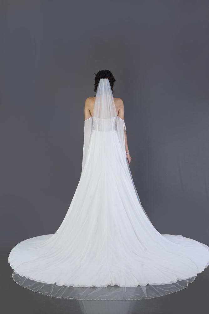 wedding-accessories-2018-veil-diamond-dust-chapel