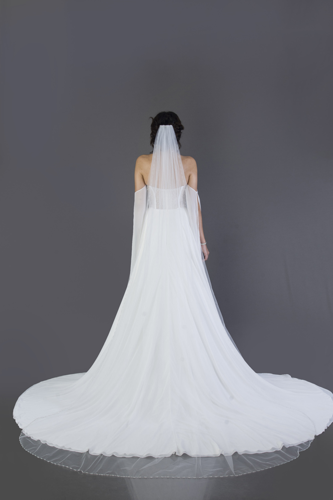 wedding-accessories-2018-veil-silver-sparkle-chapel