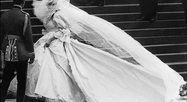 Wedding Veils – wedding essential